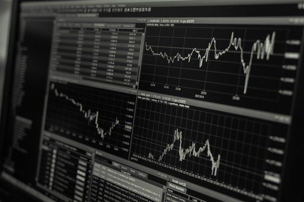 GRCとRank Tracker(ランクトラッカー)の機能・料金を比較した結果【2020年】